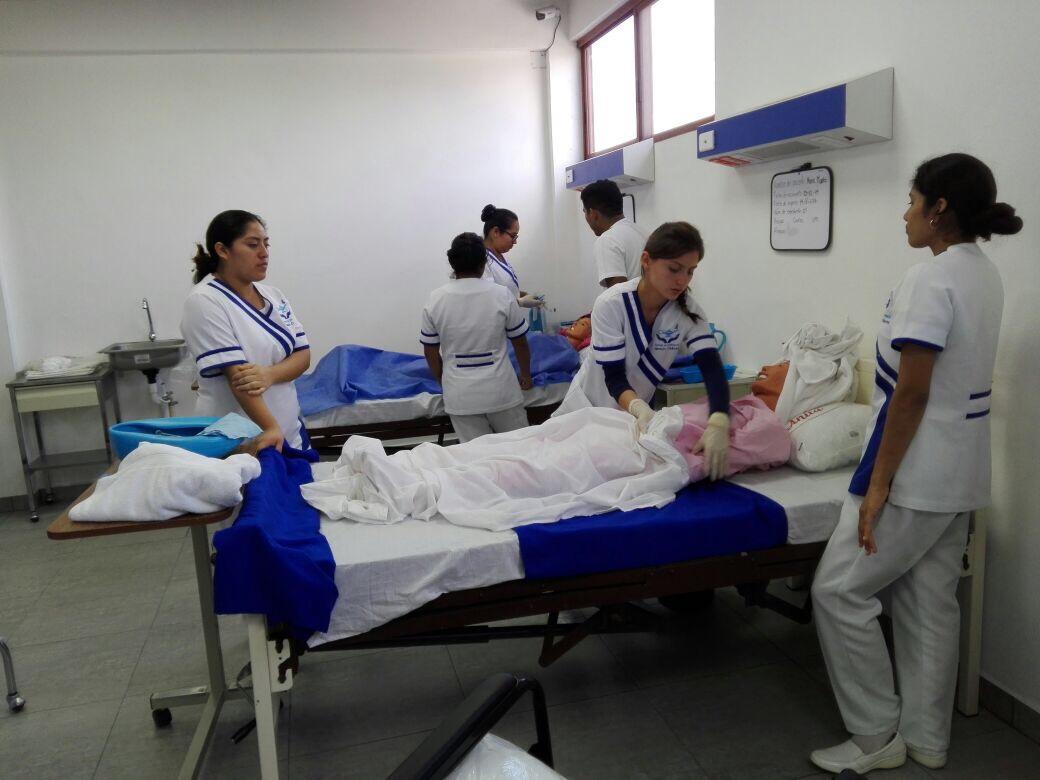 nuestra comunidad � escuela enfermer237a ignacio ch225vez